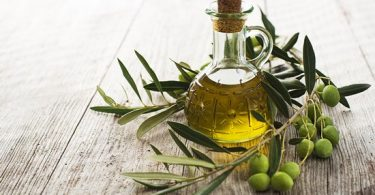 оливковое масло стоит комбинировать с яичным желтком