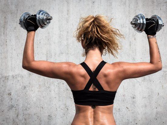 немного нагружать трапециевидные мышцы
