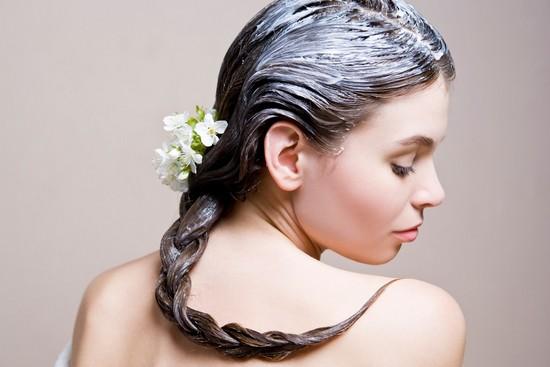 Как укрепить волосы в домашних условиях народными средствами?