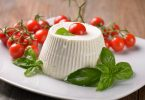 Рикотта: с чем едят (блюда), калорийность