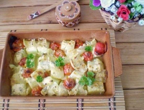 Овощное ассорти под пикантным соусом
