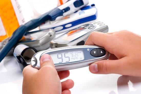 Какой глюкометр выбрать для ребенка и взрослого