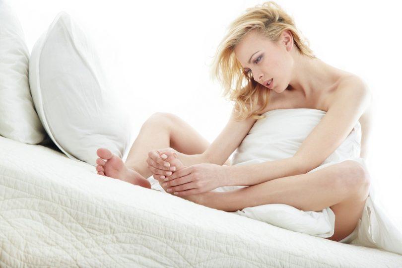 Отекают ноги при беременности: что делать?