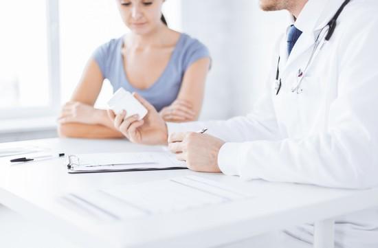 Стрептококк в мазке у женщин: причины и лечение