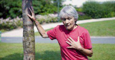 Одышка и нехватка воздуха (при беременности, ходьбе): причины, лечение