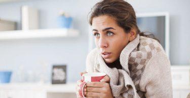 Озноб без температуры: причина (у женщин, при беременности)