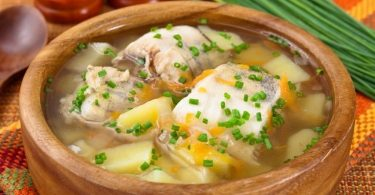 Рыбный суп из минтая (с рисом, для ребенка): рецепты