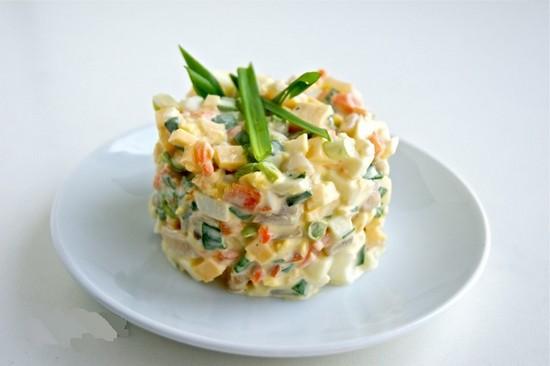 Кальмаровое филе отлично гармонирует по вкусу с овощами