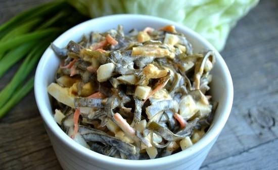 легкий, но в то же время сытный и полезный салатик