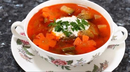 овощной суп на свином бульоне