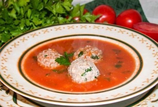 суп с фрикадельками и гречкой