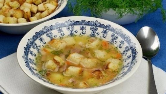 гороховый суп на свином бульоне