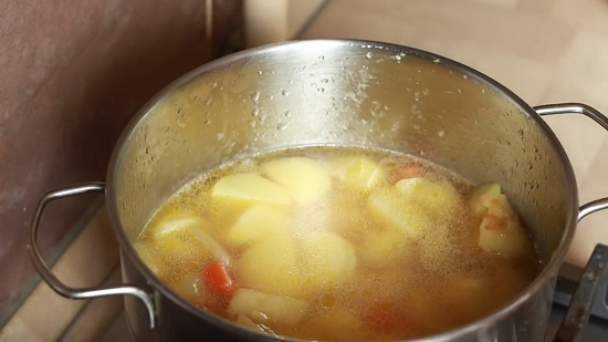 Жидкость должна покрывать овощи