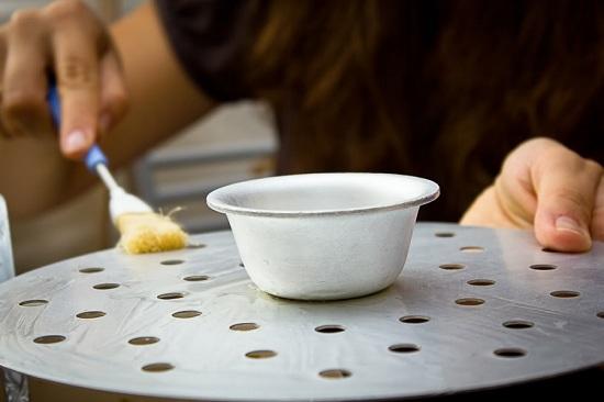 Смажем ярусы прибора маслом